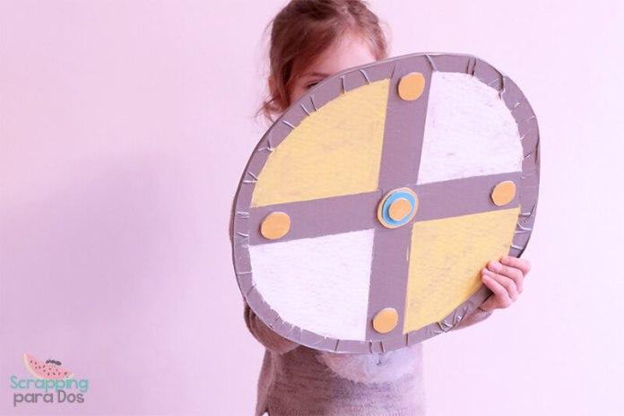 Escudo Vikingo de Cartón