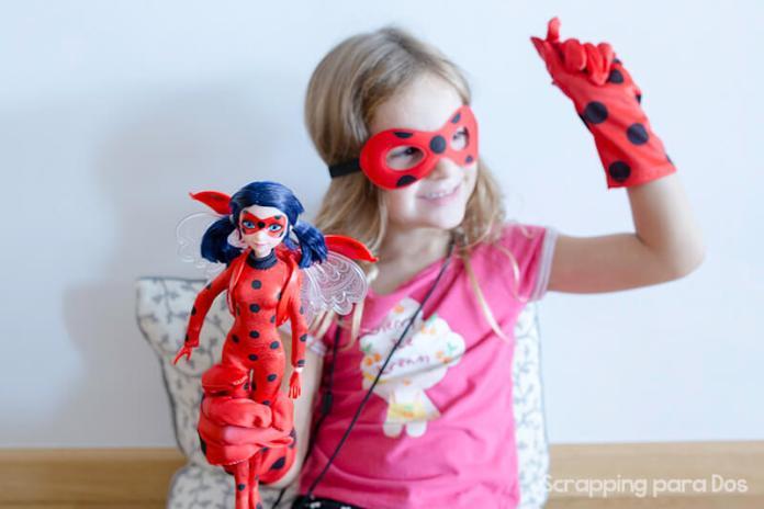 Muñeca Deluxe Ladybug de Bandai