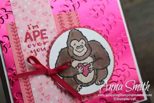 Adorable gorilla Valentine's Day card idea made with the Stampin' Up! Hey Love stamp set, All My Love paper, and Lovely Lipstick Foil