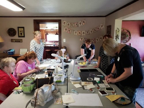 See highlights from our Sassy Stampers Stampin Up demonstrator team retreat! Includes make and takes, a view inside Windmill Lane Farm craft retreat, and more.