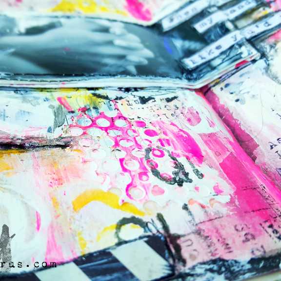 Mixed-Media-Art-Journal_Zoey_Scrapsaurus_SimonSaysStamp-1