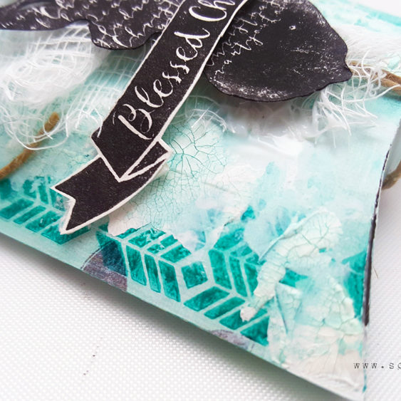 mixed-media-gift-wrap_scrapsaurus_simonsaysstamp_4