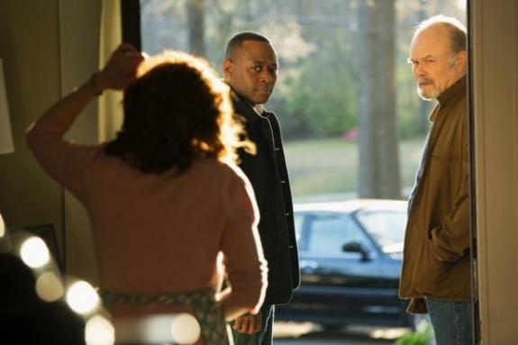 Frances Fisher as Lucille, Omar Epps as Martin Bellamy, Kurtwood Smith as Harold — Photo by: Bob Mahoney/ABC
