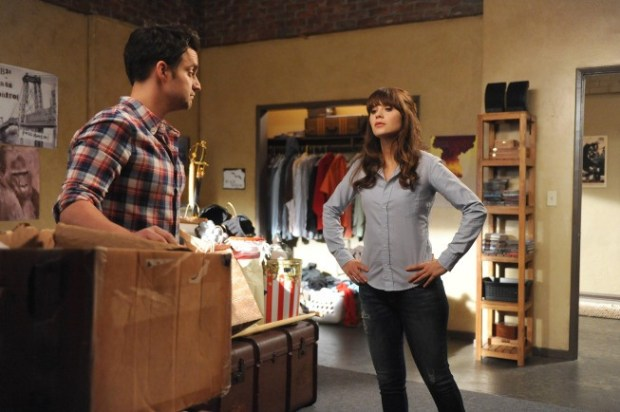 Nick (Jake Johnson, L) shows Jess (Zooey Deschanel, R) his box of unwanted responsibilities. ©2013 Fox Broadcasting Co. Cr: Ray Mickshaw/FOX