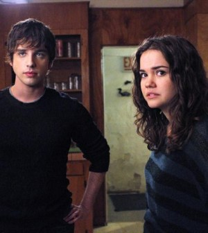 (ABC FAMILY/Tony Rivetti) DAVID LAMBERT, MAIA MITCHELL