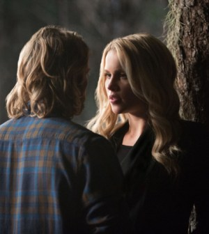 Pictured (L-R): Chase Coleman as Oliver and Claire Holt as Rebekah -- Photo: Bob Mahoney/The CW