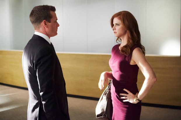 Pictured: (l-r) Gabriel Macht as Harvey Specter, Sarah Rafferty as Donna Paulsen -- (Photo by: Ian Watson/USA Network)