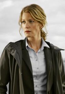 Anna Gunn as Detective Ellie Miller. Co. Cr: Brendan Meadows/FOX