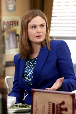 Emily Deschanel as Brennan | Co. Cr: Patrick McElhenney/FOX