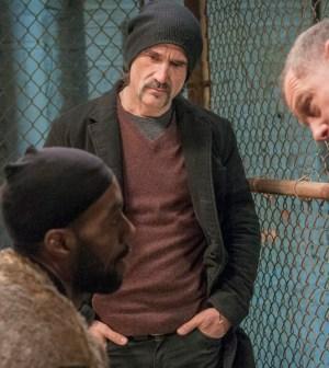 Pictured (L-R): Elias Koteas as Alvin Olinsky, Jason Beghe as Hank Voight -- Photo by: Matt Dinerstein/NBC