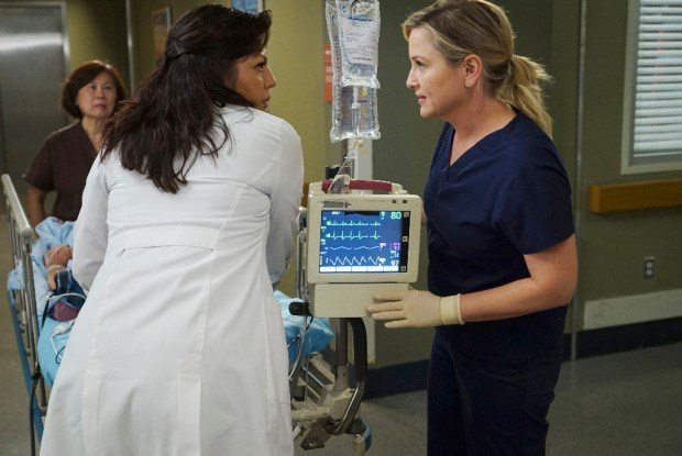 (ABC/Richard Cartwright) SARA RAMIREZ, JESSICA CAPSHAW