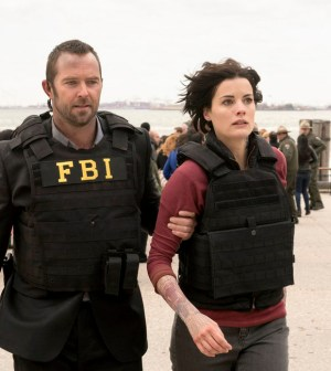 Pictured: (l-r) Sullivan Stapleton as Kurt Weller, Jaimie Alexander as Jane Doe -- (Photo by: Virginia Sherwood/NBC)