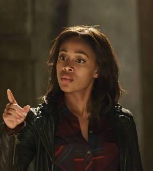 L-R: Nicole Beharie as Abbie Mills. Co. Cr: Tina Rowden/FOX.