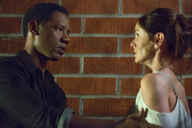 """COLONY -- """"In From the Cold"""" Episode 108 -- Pictured: (l-r) Tory Kittles as Broussard, Sarah Wayne Callies as Katie Bowman -- (Photo by: Isabella Vosmikova/USA Network)"""
