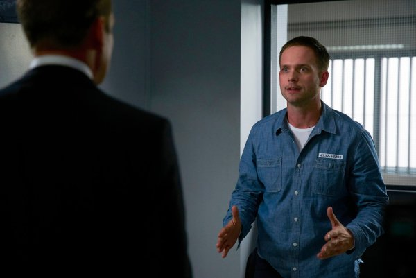 """SUITS -- """"Accounts Payable"""" Episode 602 -- Pictured: Patrick J. Adams as Michael Ross -- (Photo by: Shane Mahood/USA Network)"""