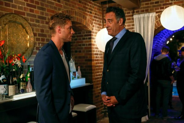 Pictured: (l-r) Justin Hartley as Kevin, Brad Garrett as Wes Manning -- (Photo by: Vivian Zink/NBC)