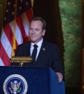 DESIGNATED SURVIVOR - (ABC/Ben Mark Holzberg) KIEFER SUTHERLAND