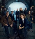 SHADES OF BLUE -- Season: 2 -- Pictured: (l-r) Dayo Okeniyi as Loman, Ray Liotta as Wozniak, Warren Kole as Stahl, Gino Pesi as Nava, Drea de Matteo as Tess, Hampton Fluker as Tufo, Jennifer Lopez as Harlee, Sarah Jeffery as Cristina, Vincent Laresca as Espada -- (Photo by: Jeff Riedel/NBC)
