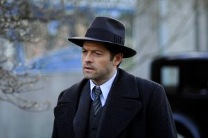 """TIMELESS -- """"Public Enemy No. 1"""" Episode 114 -- Pictured: Misha Collins as Eliot Ness -- (Photo by: Sergei Bachlakov/NBC)"""