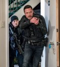 "CHICAGO P.D. -- ""Seven Indictments"" Episode 414 -- Pictured: Nick Wechsler as Kenny Rixton -- (Photo by: Matt Dinerstein/NBC)"