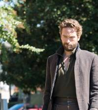 "Tom Mison in the ""Homecoming"" episode of Sleepy Hollow 