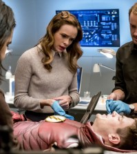 "The Flash -- ""The Wrath of Savitar""  Pictured (L-R): Carlos Valdes as Cisco Ramon, Danielle Panabaker as Caitlin Snow, Grant Gustin as Barry Allen and Tom Felton as Julian Albert-- Photo: Katie Yu/The CW"