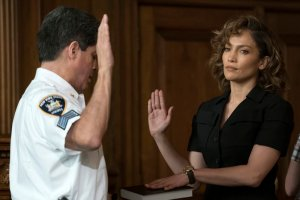 "SHADES OF BLUE -- ""Eye of the Hurricane"" Episode 202 -- Pictured: (l-r) Raul Reyes as Bailiff, Jennifer Lopez as Det. Harlee Santos -- (Photo by: Peter Kramer/NBC)"