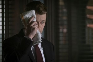 """GOTHAM: Ben Mckenzie in the """"Heroes Rise: These Delicate and Dark Obsessions"""" Cr: Jeff Neumann/FOX"""