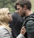 "Arrow -- ""Lian Yu"" - Pictured (L-R): Bett Rickards as Felicity Smoak and Stephen Amell as Oliver Queen/The Green Arrow -- Photo: Jack Rowand/The CW"
