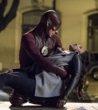 Pictured (L-R): Grant Gustin as Barry Allen and Candice Patton as Iris West -- Photo: Katie Yu /The CW