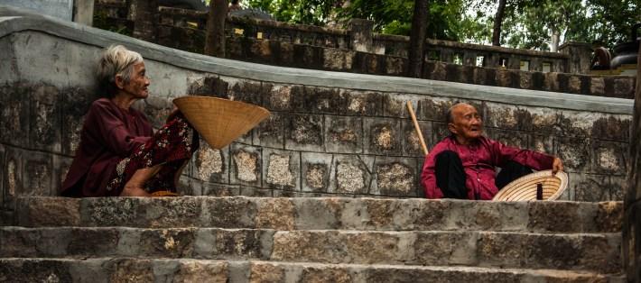 beggars nha trang long son pagoda