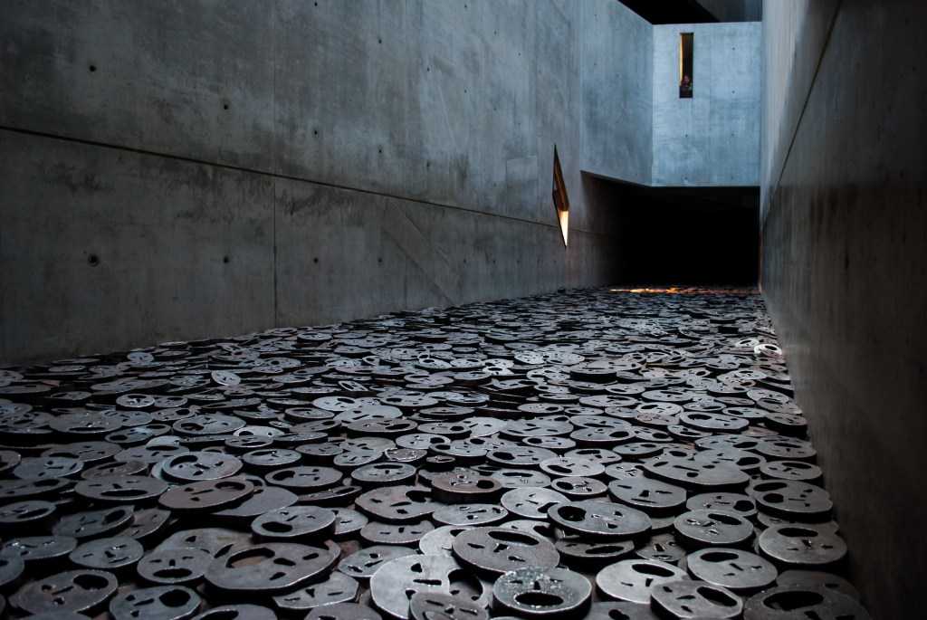 Fallen Leaves exhibit at the Jewish Museum