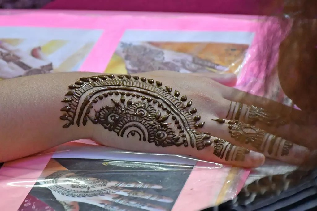 Henna Painting in Singapore.