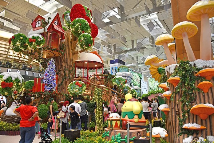 Christmas Celebration in Singapore 2017 - Changi Airport Terminal 3