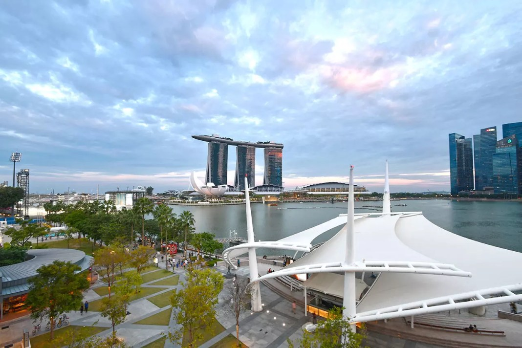 Visiting Singapore Travel Listicles and Articles.