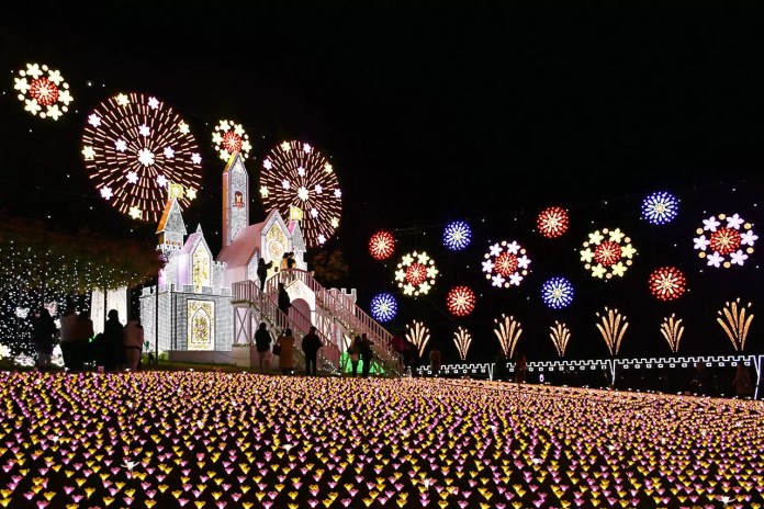 Ashikaga Flower Park Winter Illumination 2018.