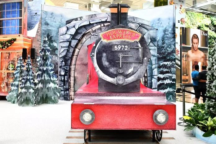 A Wizarding World Holiday at Changi   Hogwarts Express