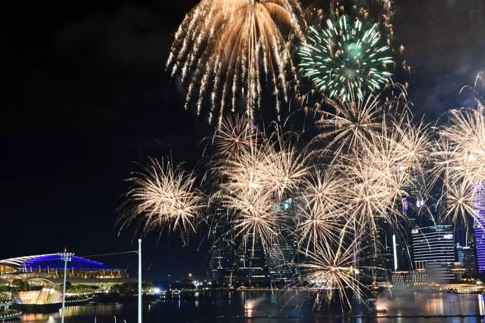 River Hongbao 2019 Fireworks Show.