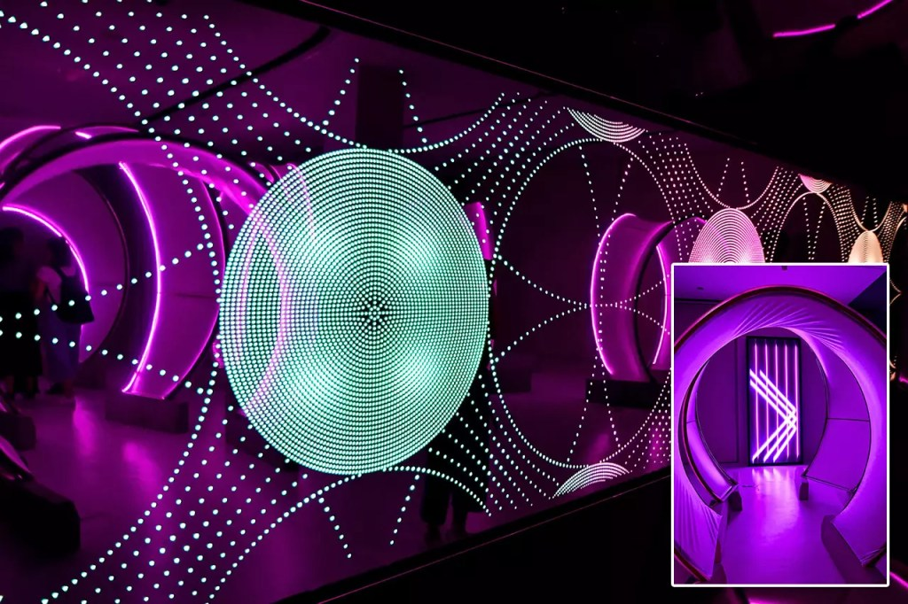 In Circles by Aubergine Architects   Singapore Night Festival 2019