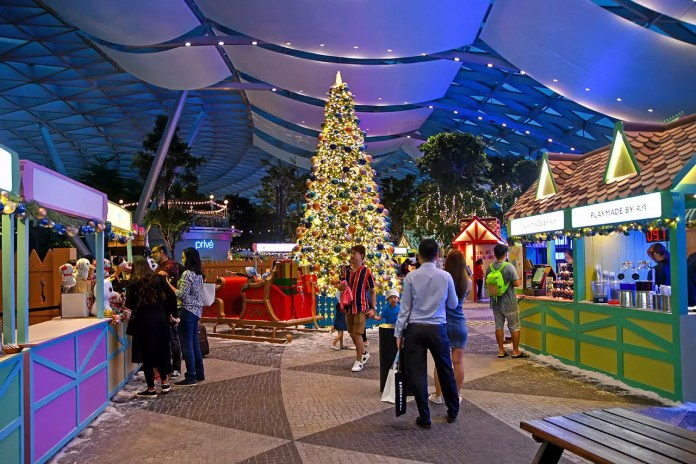 Jewel Changi Airport Christmas Events 2019.