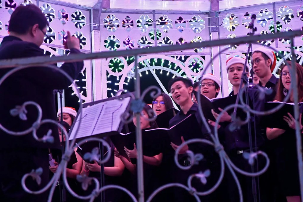 Christmas Choir Performance at Gardens by the Bay