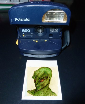 polaroidaliena