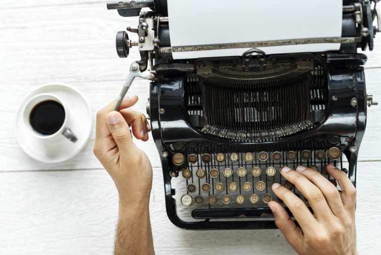 Autopubblicarsi o cercare un editore?