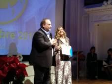 Agrigento Premio Karkinos 2018 Il professor Francesco Pira sul palco parla della morte del giornalista Migalizzi
