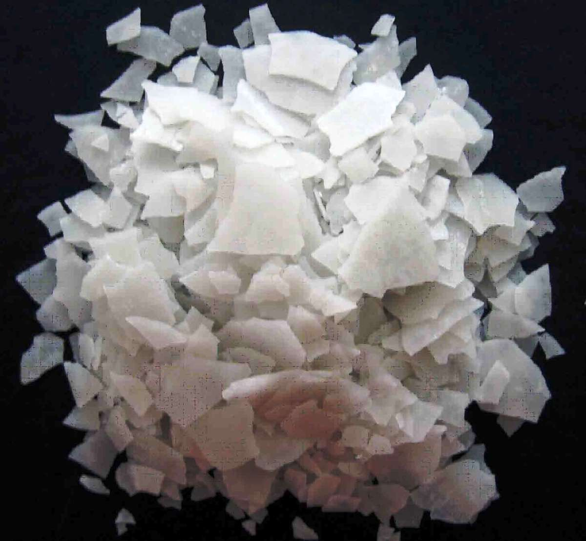 Calcium Chloride Versus Magnesium Chloride in Ice Melter Products