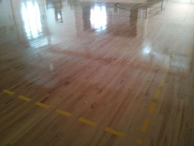 Wood gym floor coating contractors Minneapolis