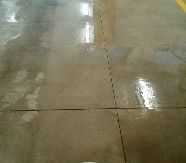 scrub-n-shine-deep-cleans-parking-garage-floors-in-minneapolis