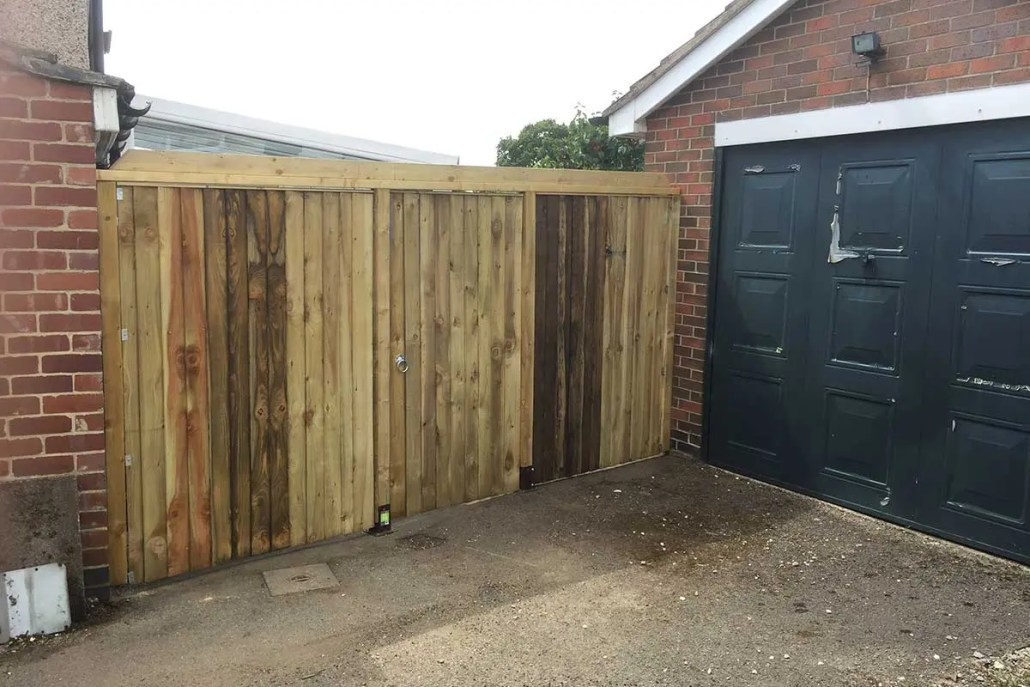 Fence panel repair and installation