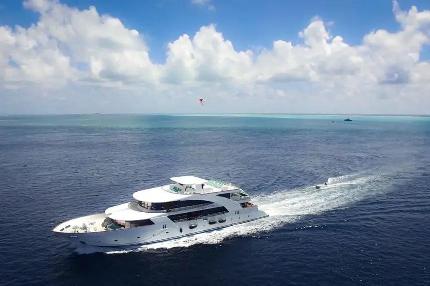 Carpe Novo Maldives liveaboard diving for children
