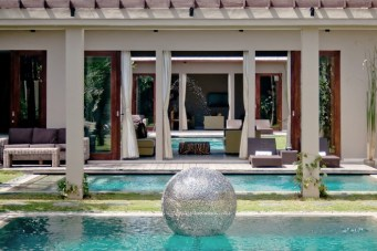 Stainless steel Sphere in pool